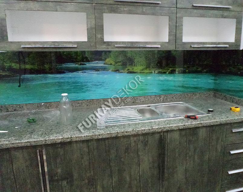 Mutfak-tezgah-arasi-cam-panel (3)
